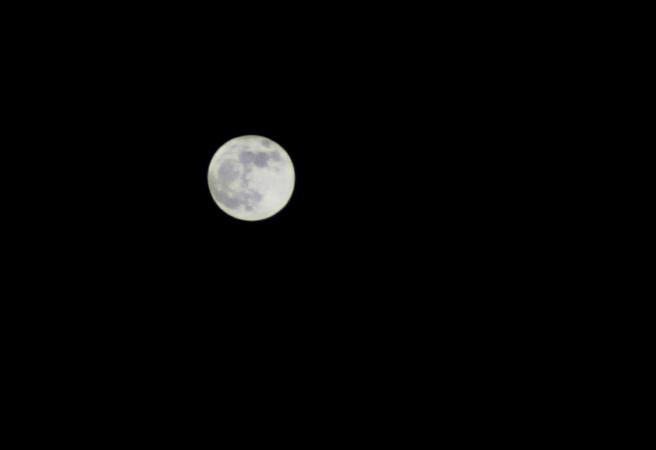 super-moon_bw_img_2042